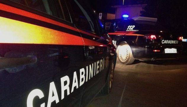 Attentato notturno a Pirri: un petardo contro un locale di scommesse