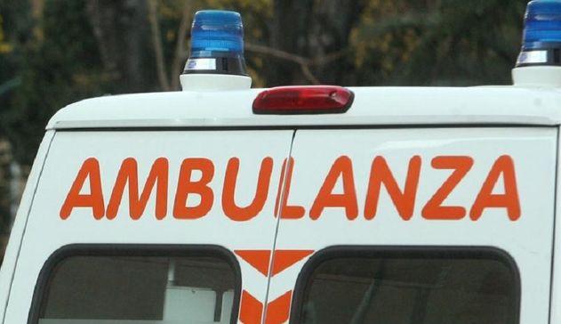 Investita da un furgone alle porte di Sassari, 54enne in gravi condizioni