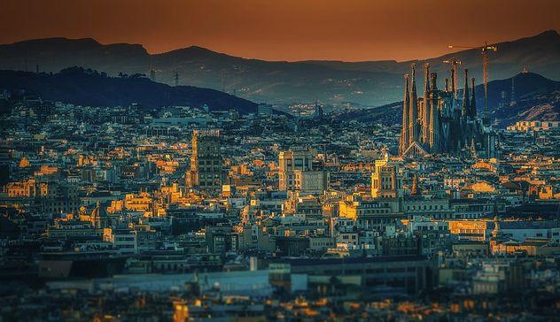 Soggiorno climatico 2018 a Barcellona, Costa Brava e Andorra: aperte ...