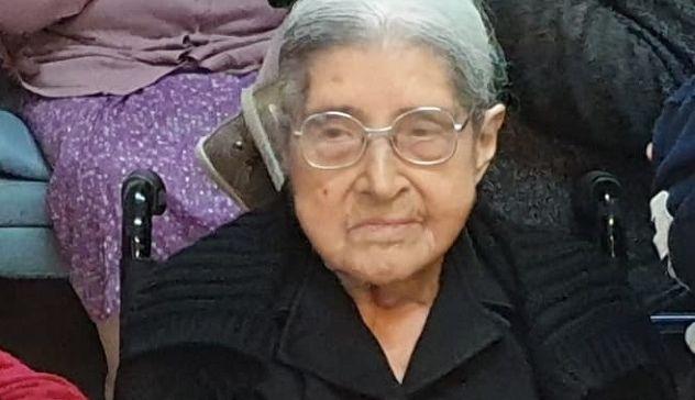 Festa grande ad Anela: nonna Costantina spegne 103 candeline