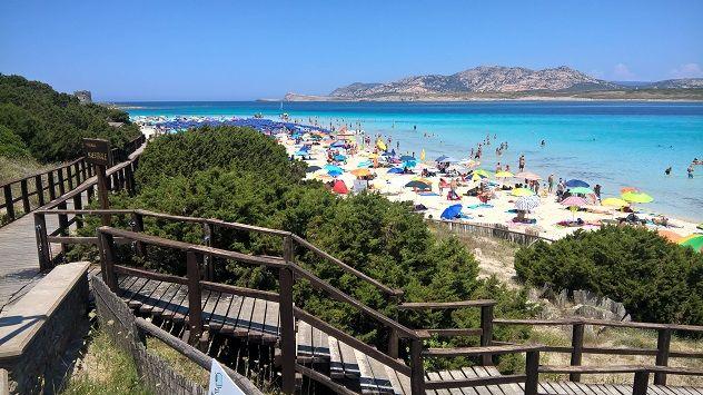 """""""Pulizia dei litorali"""": parte la campagna Stintino #plasticfree"""