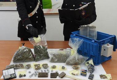 Trovato con hashish e marijuana: arrestato 34enne